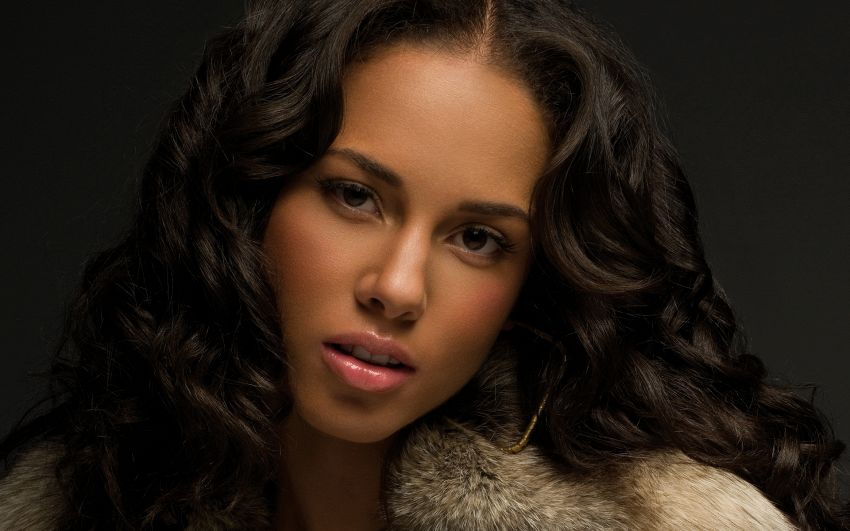 Alicia Keys, un mix di bellezza afroamericana e indoeuropea