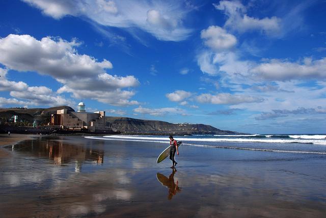 Divertimento e relax nelle vacanze nelle quattro Isole delle Canarie