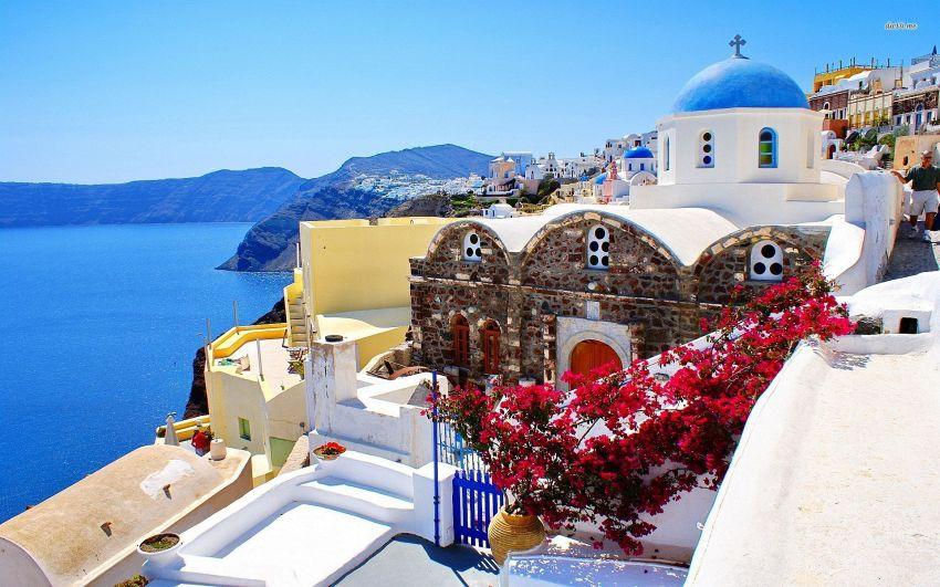 Isola greca di Santorini: dove pernottare per una vacanza ...