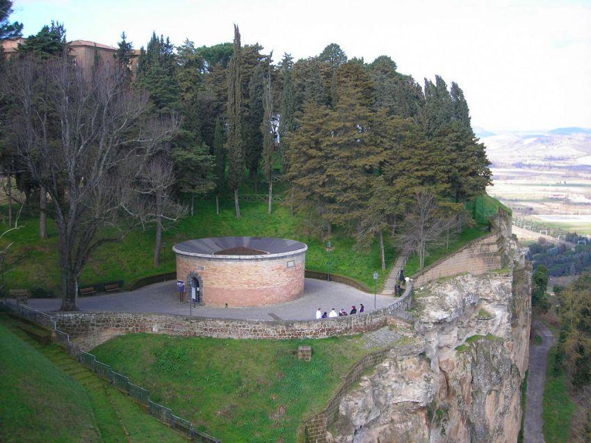 Orvieto: come arrivare al noto Pozzo Di San Patrizio