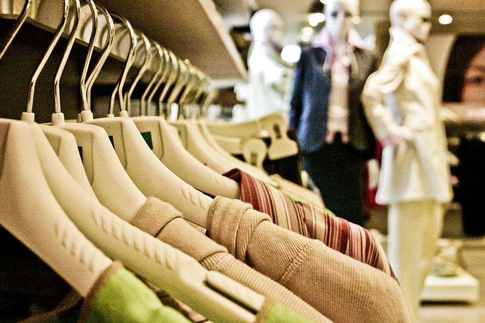 Outlet Ai Villaggi Shopping AltriGuida Dello Tanti Mantova E 8vOynmN0w