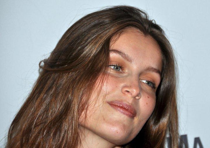 Chi è la bellissima attrice e modella francese Laetitia Casta