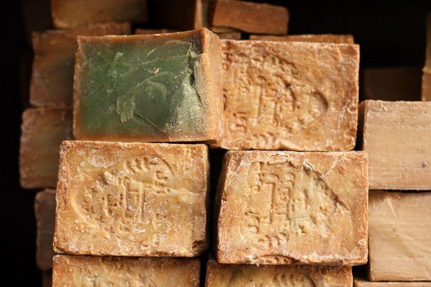Preparazione del sapone di Aleppo: un metodo che arriva da molto lontano