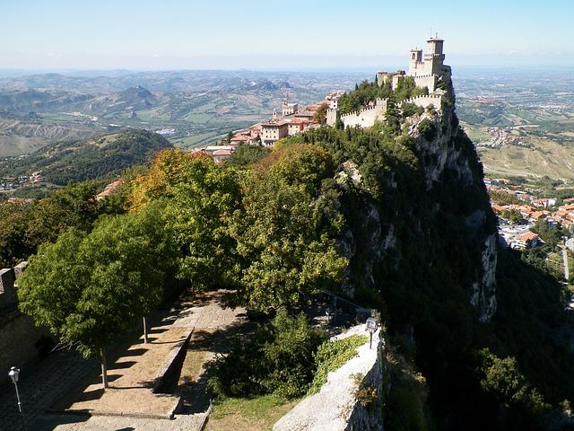 Città di San Marino: cosa vedere, come arrivare e dove alloggiare ...