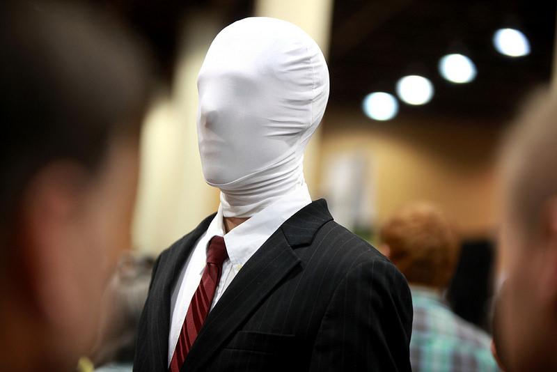 Slender Man: chi è lo spaventoso mostro creato dalla rete?