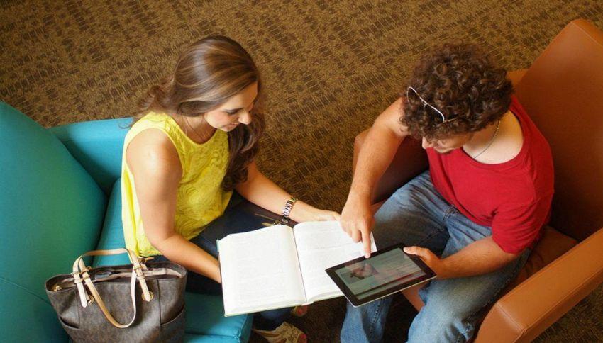 Perché prendere appunti con tablet e notebook non aiuta lo studio