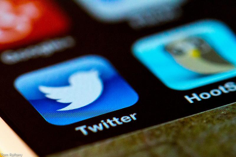 Ritwittare danneggia la memoria, lo dice la scienza