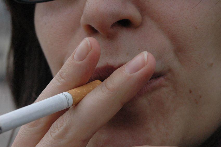Cos'è la citisina, un farmaco naturale per smettere di fumare