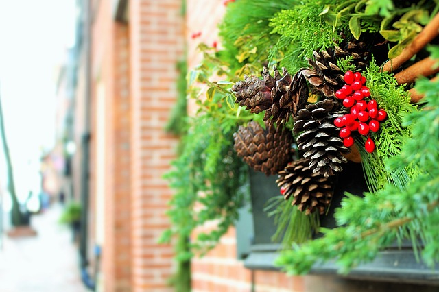 Idee Creative Natale 2016 : Ghirlande fai da te: alcune idee creative per realizzarle supereva