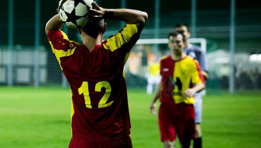 Calciatori nel pallone, le gaffe più clamorose in video