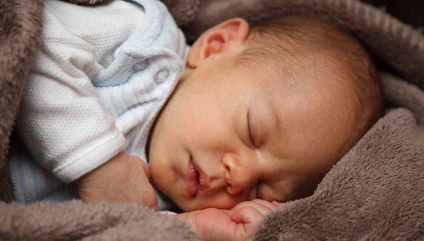 Quanto deve dormire un bambino? Gli esperti rispondono
