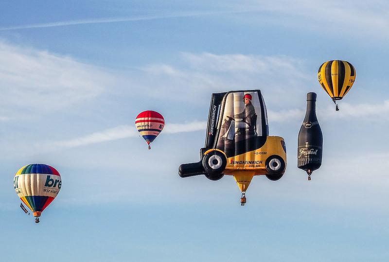 Uber utilizza nuovi mezzi di trasporto, per esempio le mongolfiere