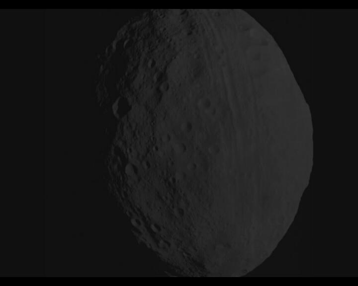 Un asteroide in rotta di collisione con la Terra (non è vero)