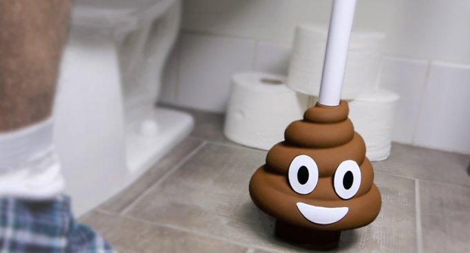 Mai più senza questo sorridente scopettino WC a tema
