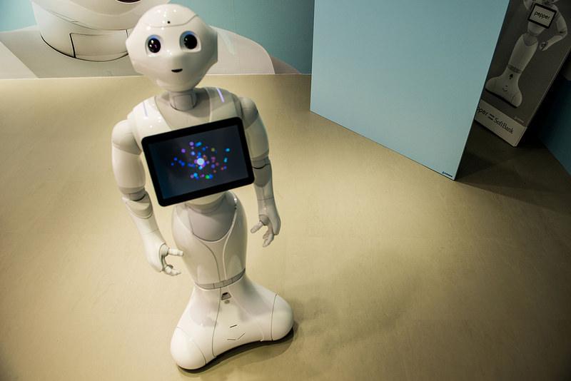 Il robot Pepper ha trovato lavoro (a tempo determinato)