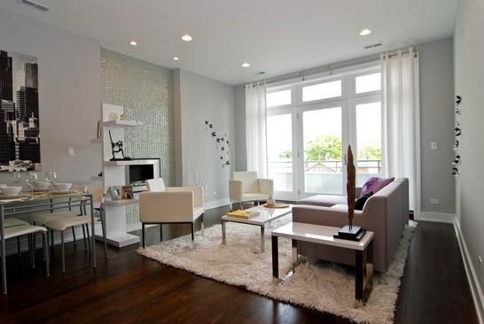 Salotto Moderno Elegante : Soggiorno moderno ed elegante zona giorno rimodernata supereva