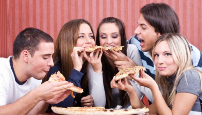 Gli amici sono un antidolorifico potente come la morfina, lo dice la scienza