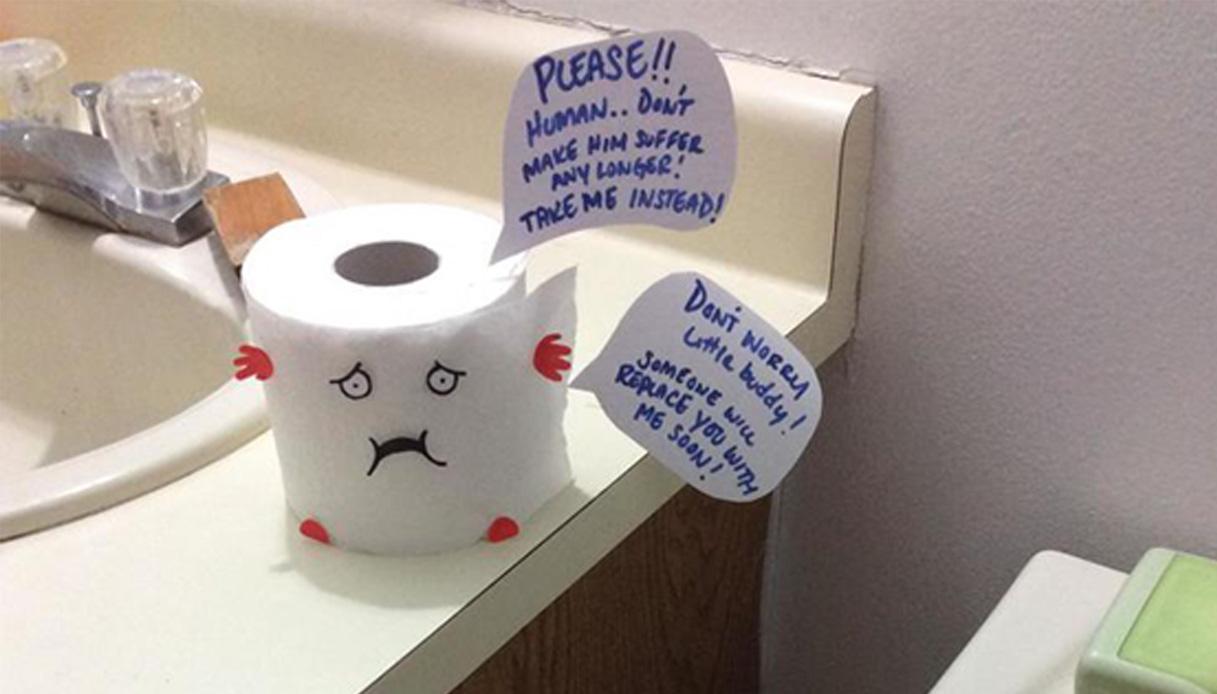 Verso Giusto Carta Igienica fidanzato non cambia rotolo di carta igienica: lei lo