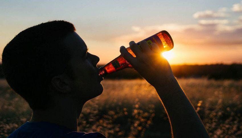 Quando devo bere per essere più allegro? Ve lo dice la scienza