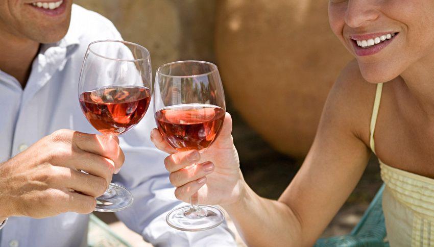 Vi piacciono vino e birra? 150 minuti di sport a settimana per preservare la salute