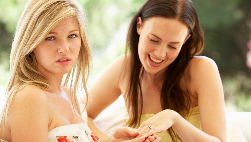 8 modi per distinguere gli amici veri dagli opportunisti