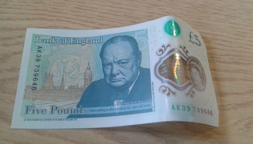 Gran Bretagna: presentata la banconota impermeabile