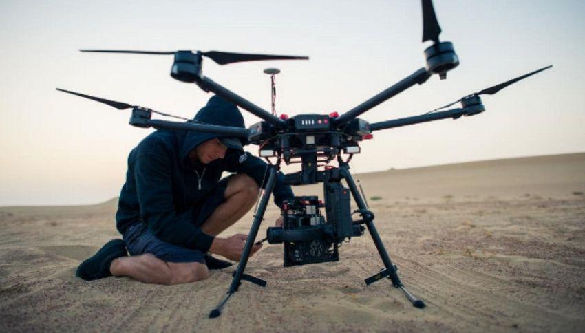L'aspetto è terrificante ma quest'arma abbatte solo i droni cattivi