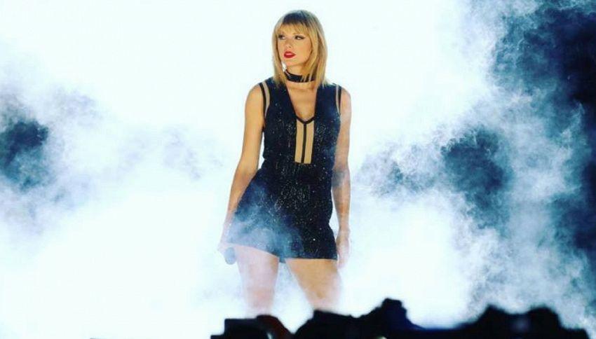 """Taylor Swift annuncia l'album """"Reputation"""""""
