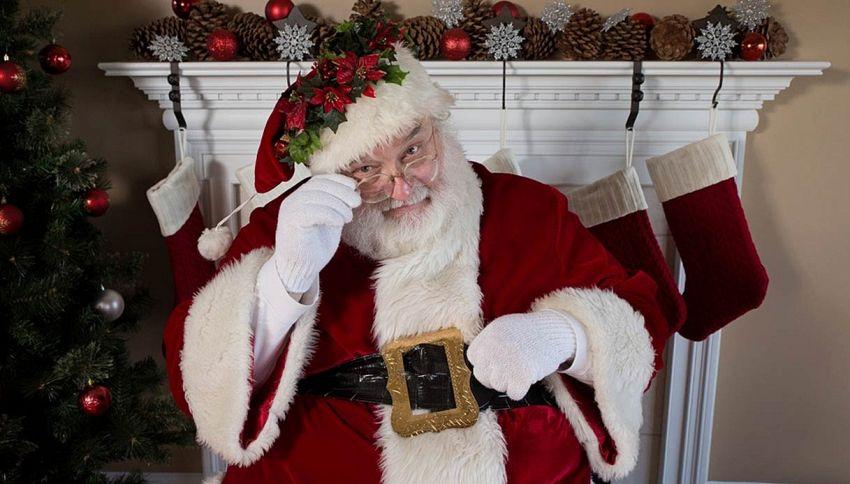 A Che Ora Arriva Babbo Natale.Ecco Come Si Diventa Babbo Natale In Usa La Scuola Supereva