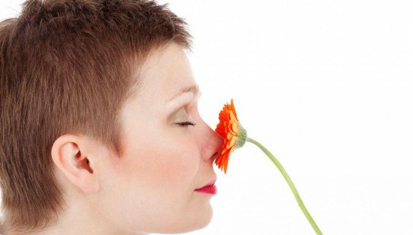 Perché mettere le dita nel naso è pericoloso per la salute
