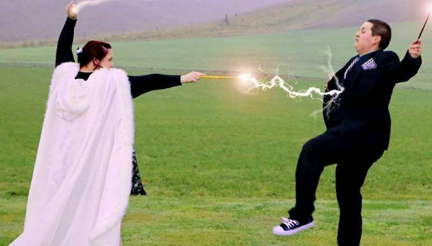 Le nozze folli in stile Harry Potter di una coppia inglese