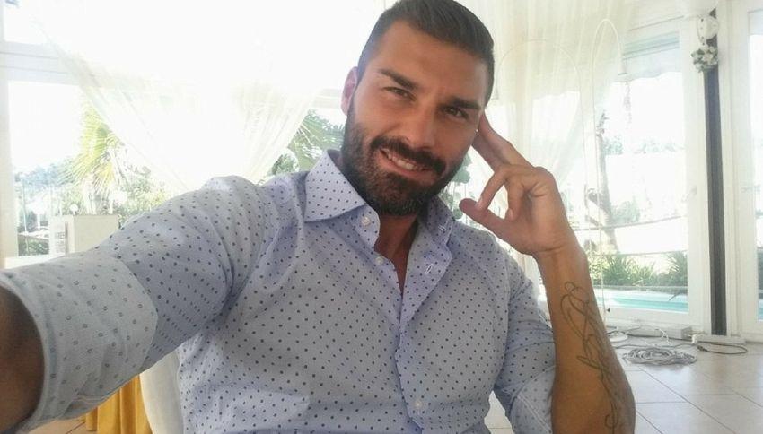 """L'ex tronista: """"Ho rischiato di morire nell'attentato di Istanbul"""