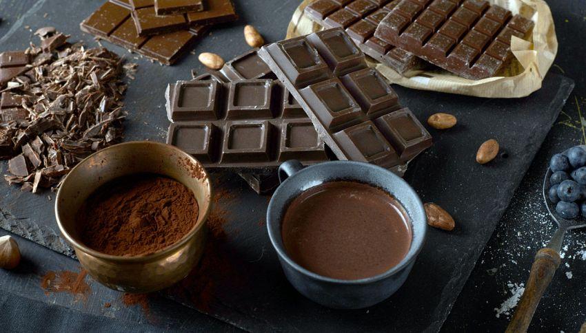 La cioccolata fa bene al cervello (e potrebbe curare l'Alzheimer)