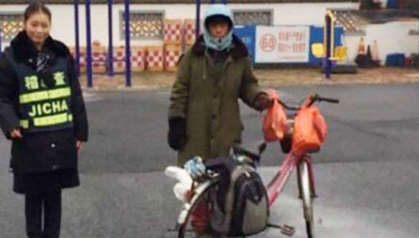 Torna a casa in bici ma pedala per giorni nella direzione errata