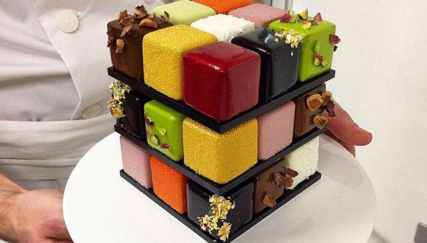 La torta a forma di Cubo di Rubik è la nuova ossessione