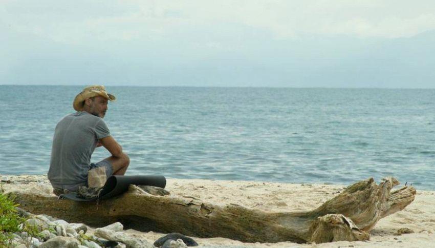 """Raz sbotta dopo l'Isola: """"Contratto finito, lasciatemi in pace"""""""
