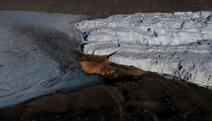 Antartide: risolto il mistero delle cascate di sangue