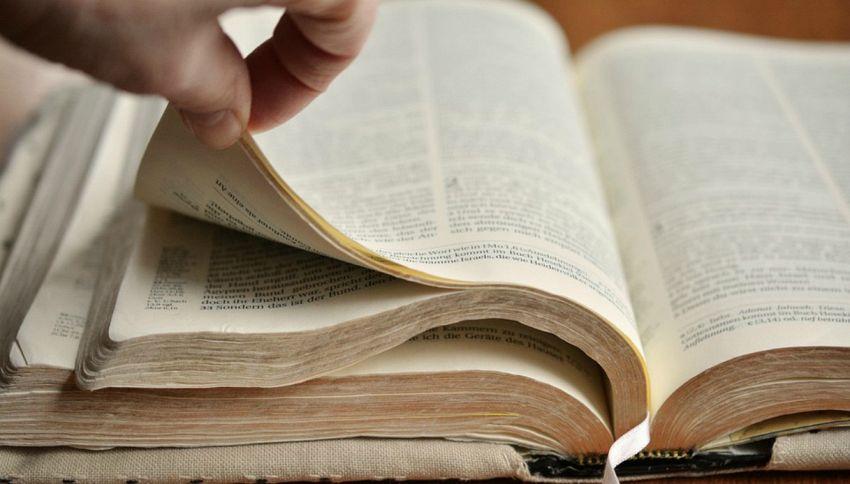Perché i vecchi libri profumano di cioccolato e caffé