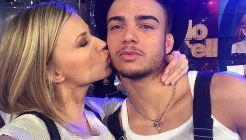 Basile e Anastasia Kuzmina: c'è il bacio. Nuovo amore a Ballando