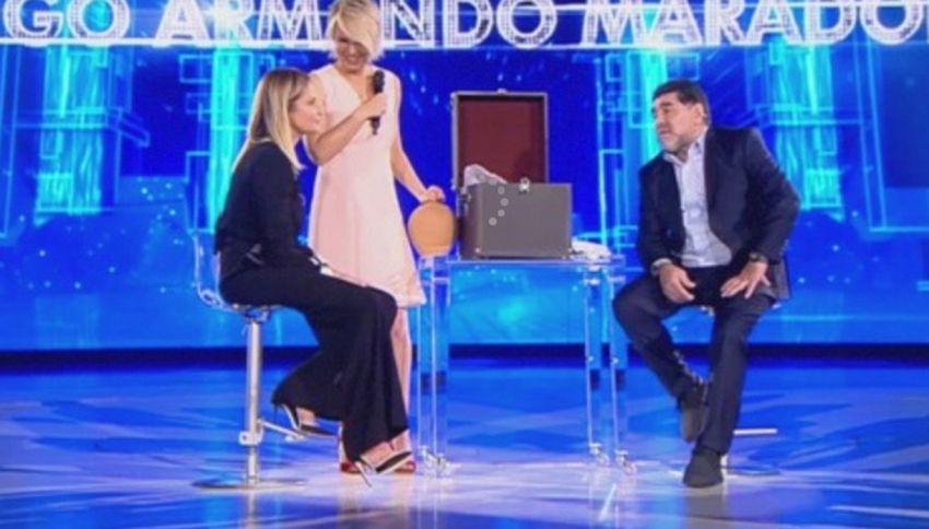 Dopo la bufera, Diego Armando Maradona torna in tv