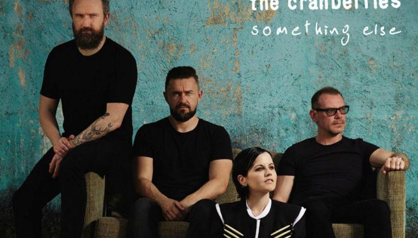 Cranberries annullano il tour: Dolores O'Riordan sta male