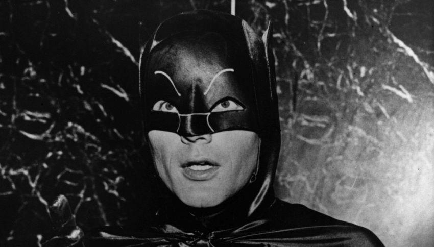 Addio Adam West: è morto il Batman più amato del cinema