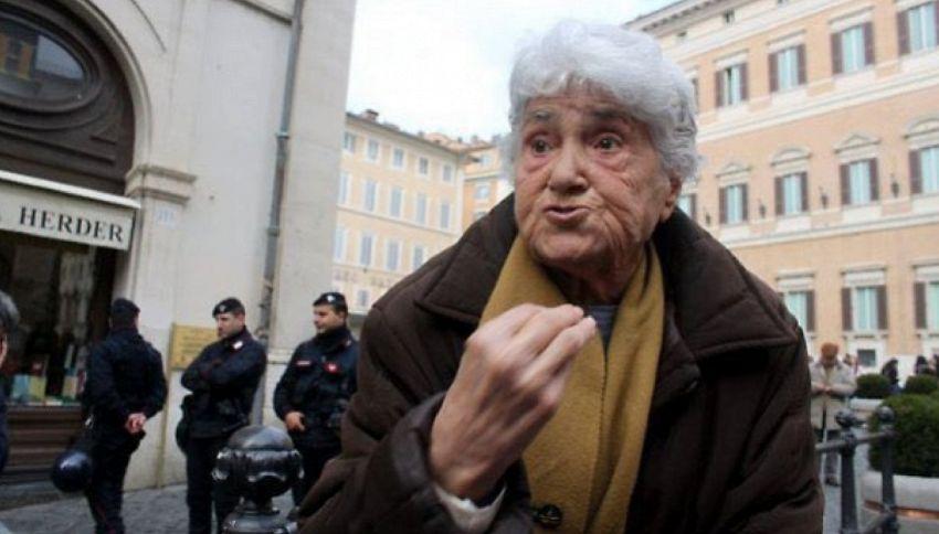 Addio Annarella, la nonnina romana che tormentava i politici