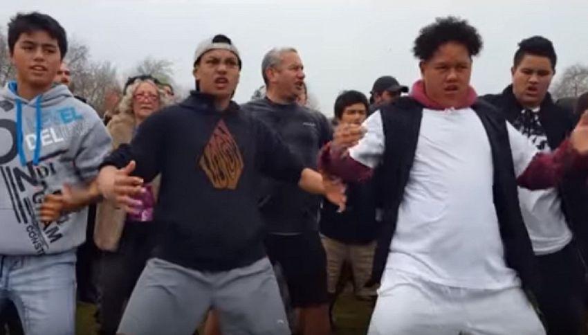 In Nuova Zelanda l'Haka più grande del mondo