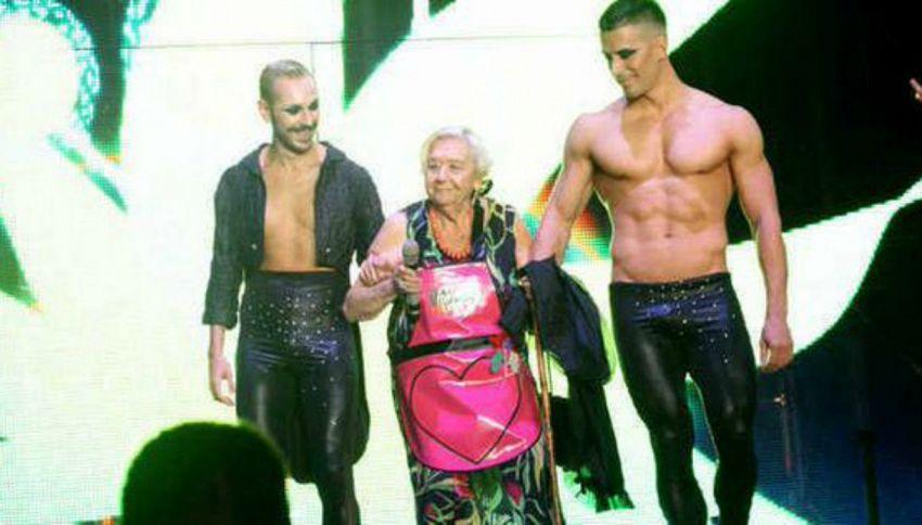 Mirella, la nonna che a 83 anni balla in disco con il nipote