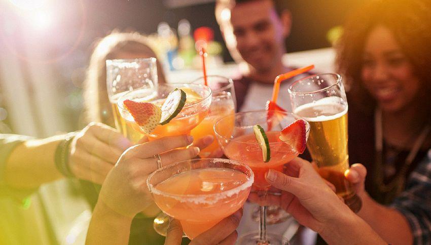 Gli effetti sorprendenti dell'alcol sulle lingue straniere