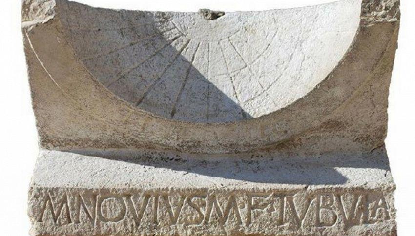 Scoperta una meridiana di 2mila anni fa ancora intatta