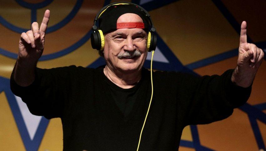 Il DJ più vecchio del mondo è italiano: Giorgio Moroder