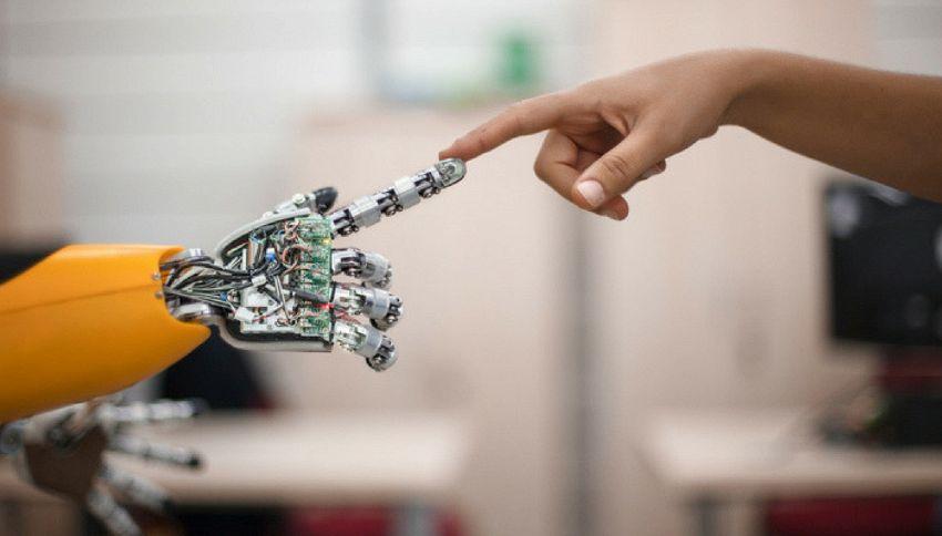 Sam, il primo politico robot che si candiderà nel 2020