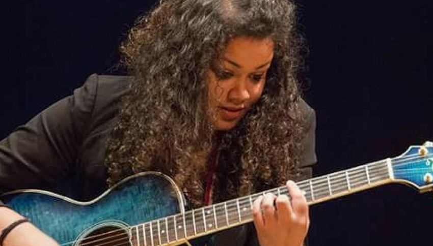 Chi è Nyvinne, cantante delle Nuove Proposte di Sanremo